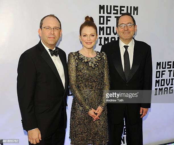 Carl Goodman Julianne Moore and CoPresident and CoFounder of Sony Pictures Classics Michael Barker attend Museum of the Moving Image honors Julianne...