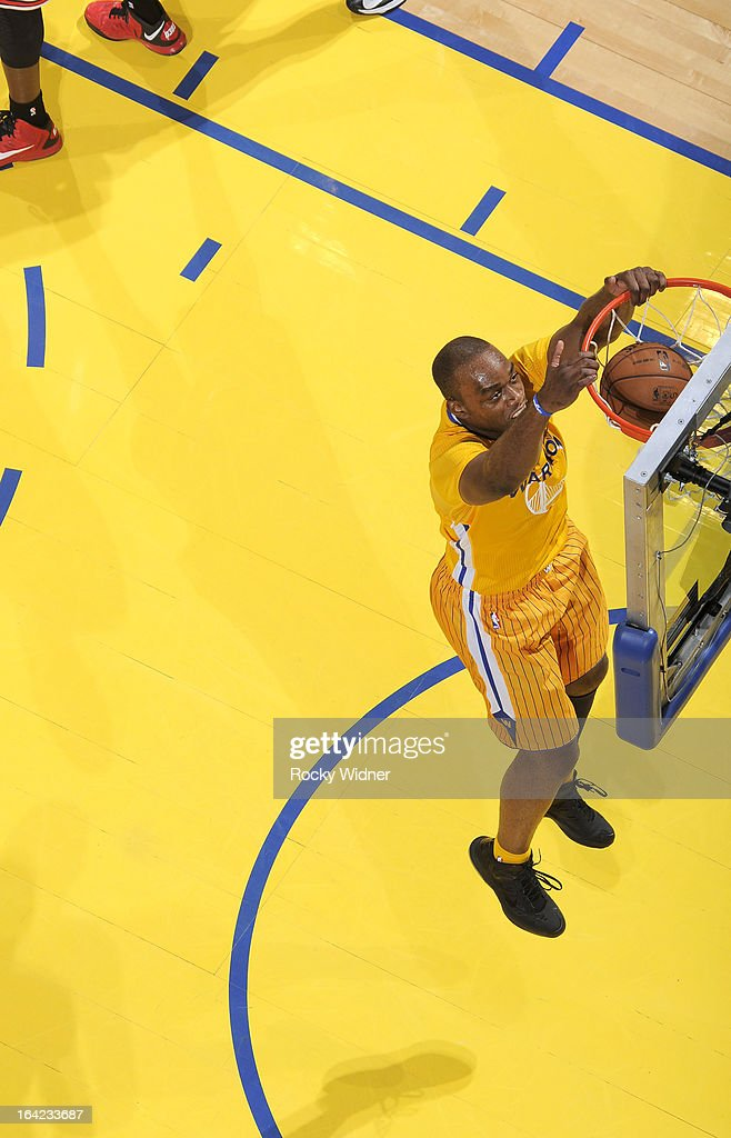 <a gi-track='captionPersonalityLinkClicked' href=/galleries/search?phrase=Carl+Landry&family=editorial&specificpeople=4111952 ng-click='$event.stopPropagation()'>Carl Landry</a> #7 of the Golden State Warriors dunks against the Chicago Bulls on March 15, 2013 at Oracle Arena in Oakland, California.