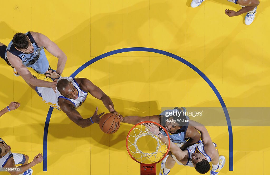 <a gi-track='captionPersonalityLinkClicked' href=/galleries/search?phrase=Carl+Landry&family=editorial&specificpeople=4111952 ng-click='$event.stopPropagation()'>Carl Landry</a> #7 of the Golden State Warriors rebounds against <a gi-track='captionPersonalityLinkClicked' href=/galleries/search?phrase=Rudy+Gay&family=editorial&specificpeople=236066 ng-click='$event.stopPropagation()'>Rudy Gay</a> #22 of the Memphis Grizzlies on January 9, 2013 at Oracle Arena in Oakland, California.