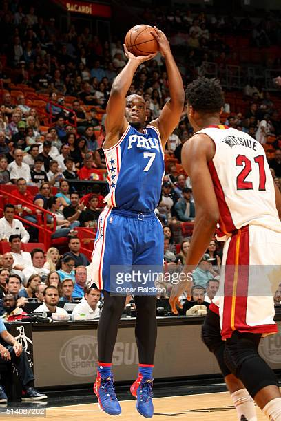 Carl Landry of the Philadelphia 76ers shoots the ball during the game against the Miami Heat on March 6 2016 at AmericanAirlines Arena in Miami...