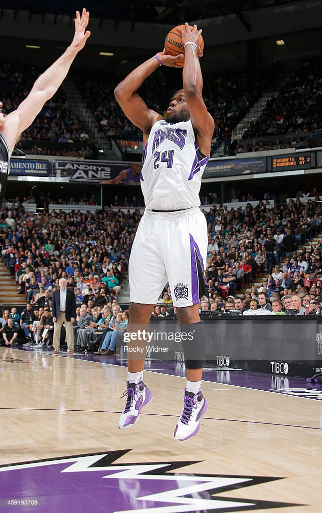 Carl Landry of the Sacramento Kings shoots against the San Antonio Spurs on November 15 2014 at Sleep Train Arena in Sacramento California NOTE TO...