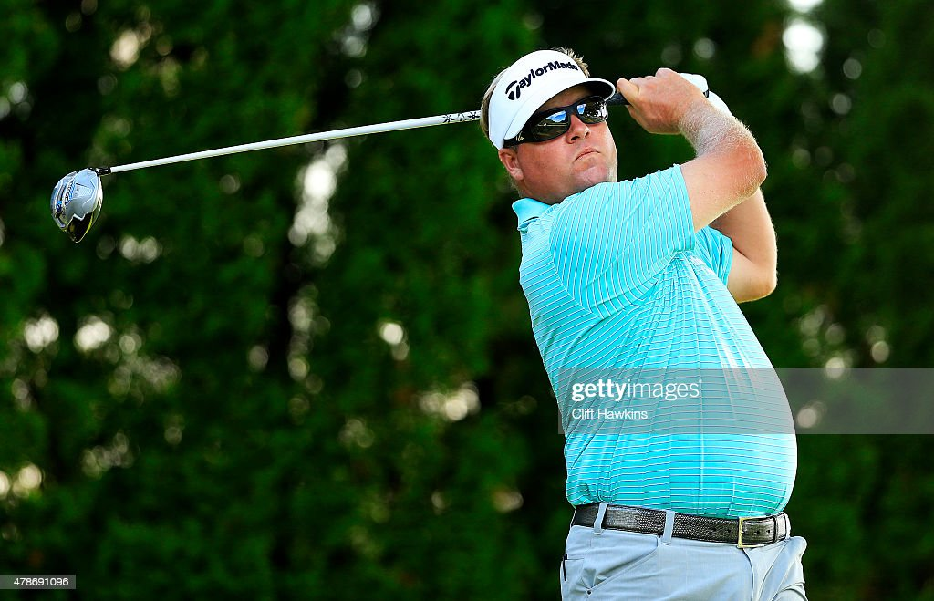 Carl Pettersson plays his shot from the ninth tee during the second round of the Travelers Championship at TPC River Highlands on June 26 2015 in...