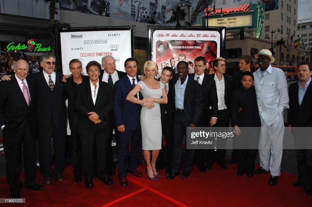 Carl Reiner Elliott Gould George Clooney Al Pacino Andy Garcia Ellen Barkin Eddie Jemison Don Cheadle Matt Damon Casey Affleck Brad Pitt Shaobo Qin...