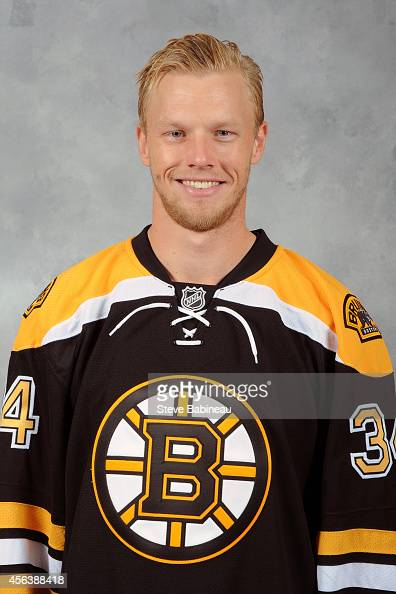 Carl Soderberg of the Boston Bruins poses for his official headshot for the 20142015 season on September 19 2014 at the TD Garden in Boston...