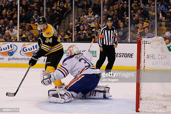 Carl Soderberg of the Boston Bruins scores his second goal against the Edmonton Oilers in the third period at TD Garden on November 6 2014 in Boston...