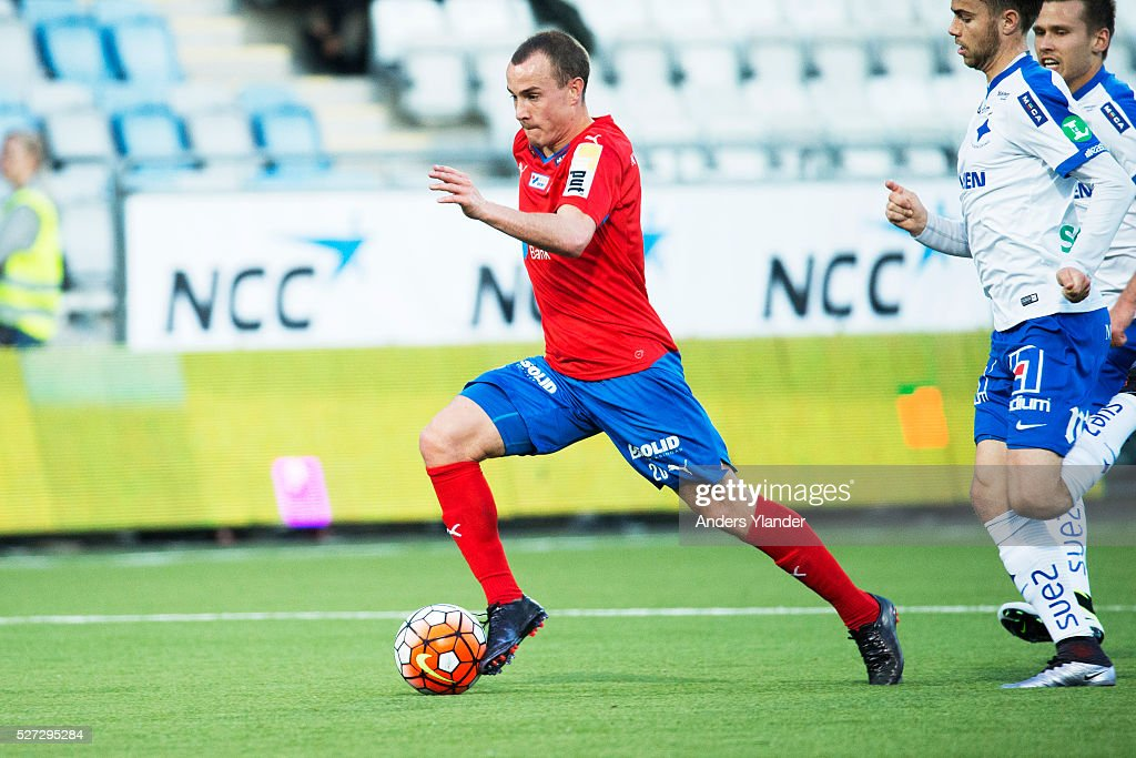 Carl Wede of Helsingborgs IF controls the ball during the Allsvenskan match between IFK Norrkoping and Helsingborgs IF at Ostgotaporten on May 2, 2016 in Norrkoping, Sweden.