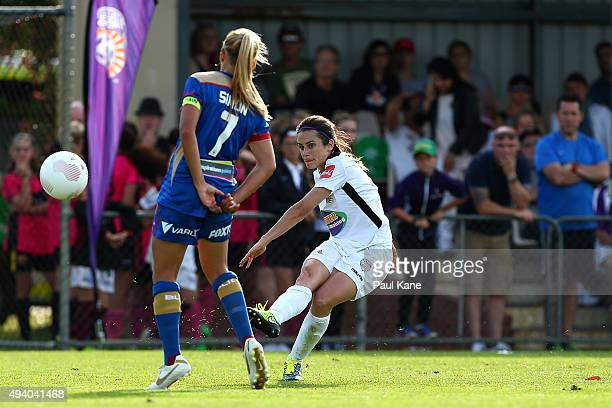 Carla Bennett of the Glory crosses the ballduring the round two WLeague match between Perth Glory and the Newcastle Jets at Ashfield Reserve on...
