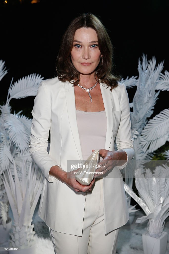 <a gi-track='captionPersonalityLinkClicked' href=/galleries/search?phrase=Carla+Bruni&family=editorial&specificpeople=235729 ng-click='$event.stopPropagation()'>Carla Bruni</a> attends the Gala event during the Vogue Fashion Dubai Experience 2015 at Armani Hotel Dubai on October 30, 2015 in Dubai, United Arab Emirates.