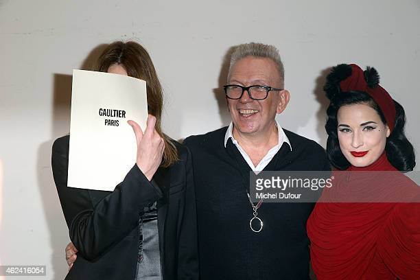 Carla Bruni Sarkozy Jean Paul Gaultier and Dita von Teese pose backstage after the Jean Paul Gaultier show as part of Paris Fashion Week HauteCouture...