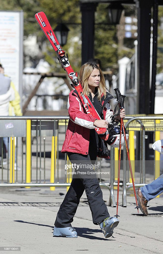 Celebrities Sighting In Sierra Nevada Ski Resort - March 1, 2011