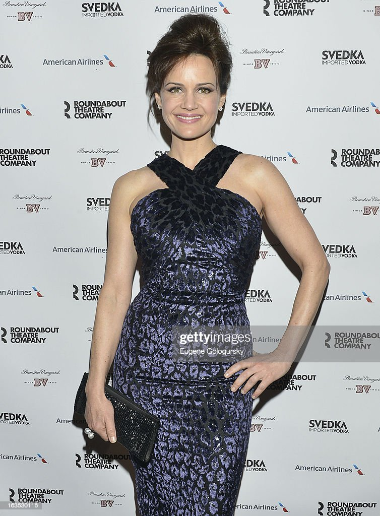 Carla Gugino attends the 2013 Roundabout Theatre Company Spring Gala at Hammerstein Ballroom on March 11, 2013 in New York City.