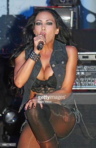 Rosanna Yanni