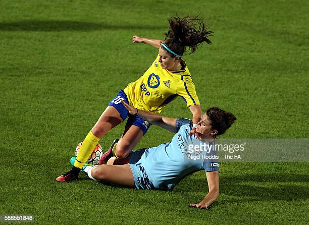 Carla Humphrey of Doncaster Rovers Belles challenged by Jen Beatie of Manchester City Women during the WSL1 match between Doncaster Rovers Belles and...