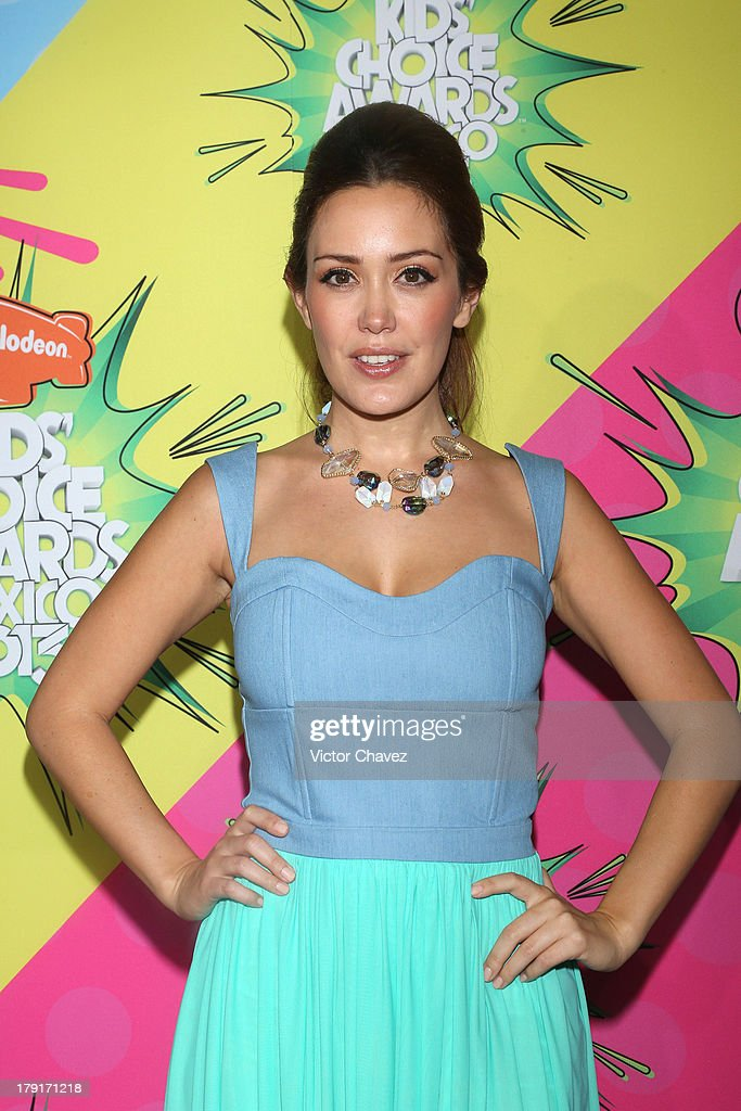 Carla Medina arrives at Kids Choice Awards Mexico 2013 at Pepsi Center WTC on August 31, 2013 in Mexico City, Mexico.