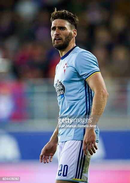 Carles Planas of RC Celta de Vigo reacts during the La Liga match between SD Eibar and RC Celta de Vigo at Ipurua Municipal Stadium on November 19...