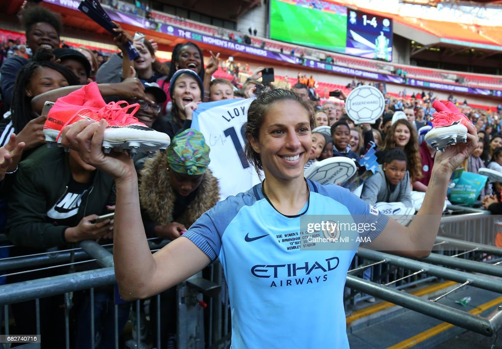 Carli Lloyd of Manchester City Women celebrates with the fans during the SSE Women's FA Cup Final between Birmingham City Ladies and Manchester City Women at Wembley Stadium on May 13, 2017 in London, England.