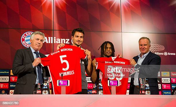 Carlo Ancelotti Mats Hummels Renato Sanches and KarlHeinz Rummenigge are seen during a press conference of FC Bayern Munich at Allianz Arena on...