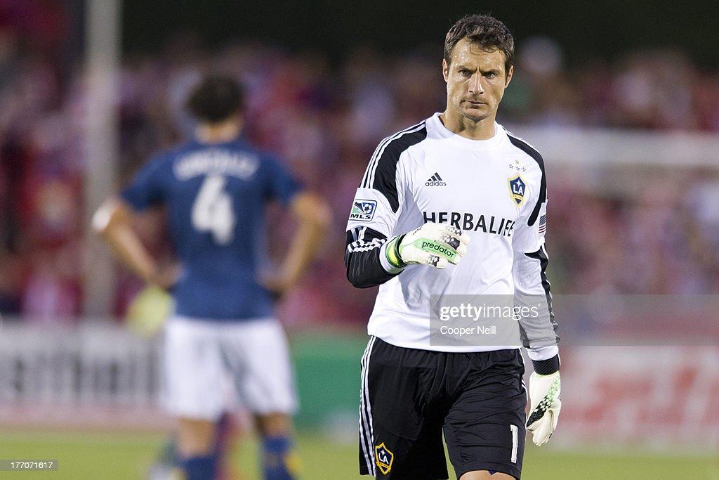 Los Angeles Galaxy v FC Dallas