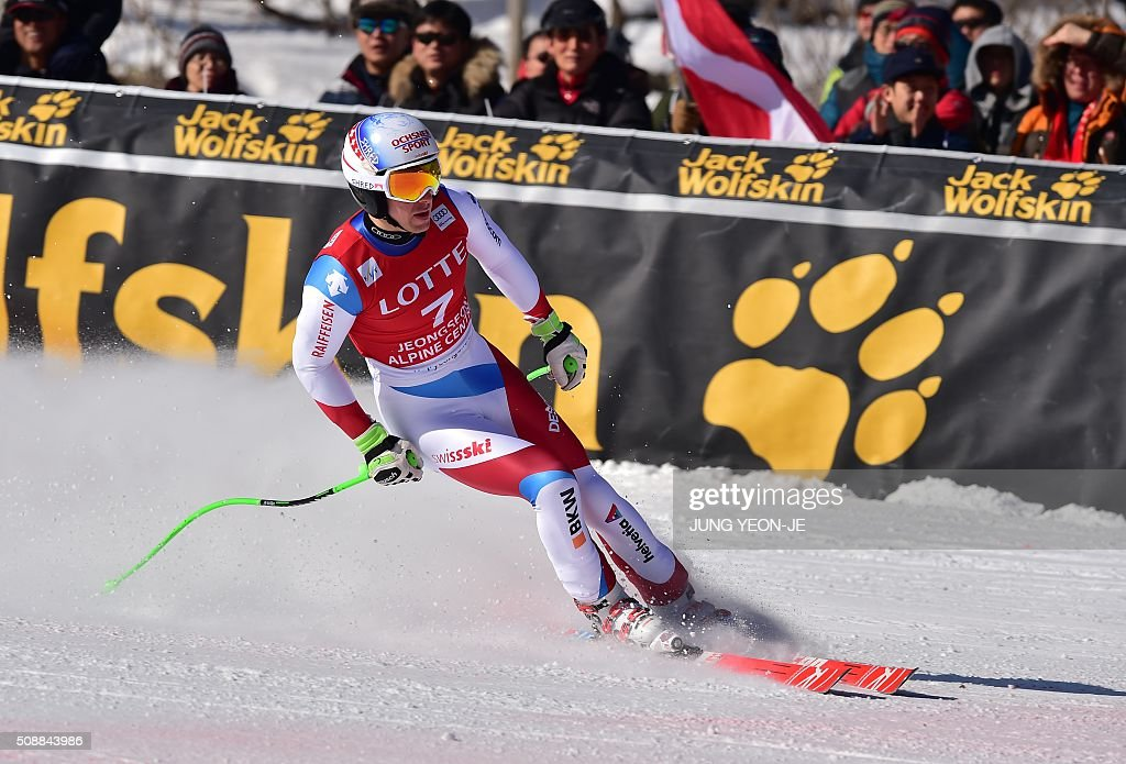 Carlo Janka of Switzerland arrives at the finish during the 8th men's super G event at the FIS Alpine Ski World Cup at the Jeongseon Alpine Centre in Jeongseon county, some 150 kms east of Seoul, on February 7, 2016. The FIS Ski Men's World Cup runs from February 6 to 7 and is the first official test event for the Pyeongchang 2018 Winter Olympics. AFP PHOTO / JUNG YEON-JE / AFP / JUNG YEON-JE