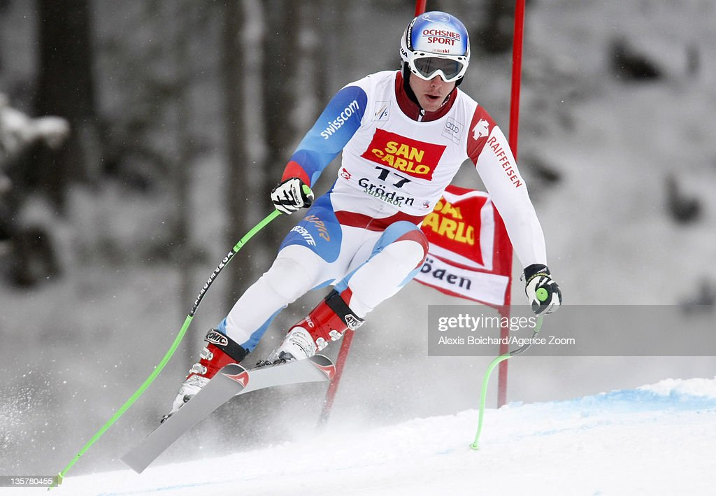 <a gi-track='captionPersonalityLinkClicked' href=/galleries/search?phrase=Carlo+Janka&family=editorial&specificpeople=5622589 ng-click='$event.stopPropagation()'>Carlo Janka</a> of Switzerland during the Audi FIS Alpine Ski World Cup Men's Downhill Training on December 14, 2011 in Val Gardena, Italy.
