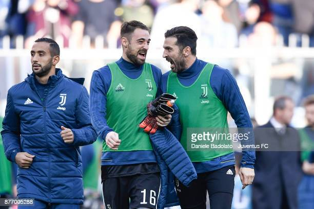 Carlo Pinsoglio and Gianluigi Buffon during the Serie A match between UC Sampdoria and Juventus at Stadio Luigi Ferraris on November 19 2017 in Genoa...