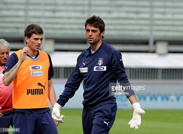 Carlo Pinsoglio in action during an Italy U21 training session at Stadio Euganeo on April 12 2011 in Padova Italy
