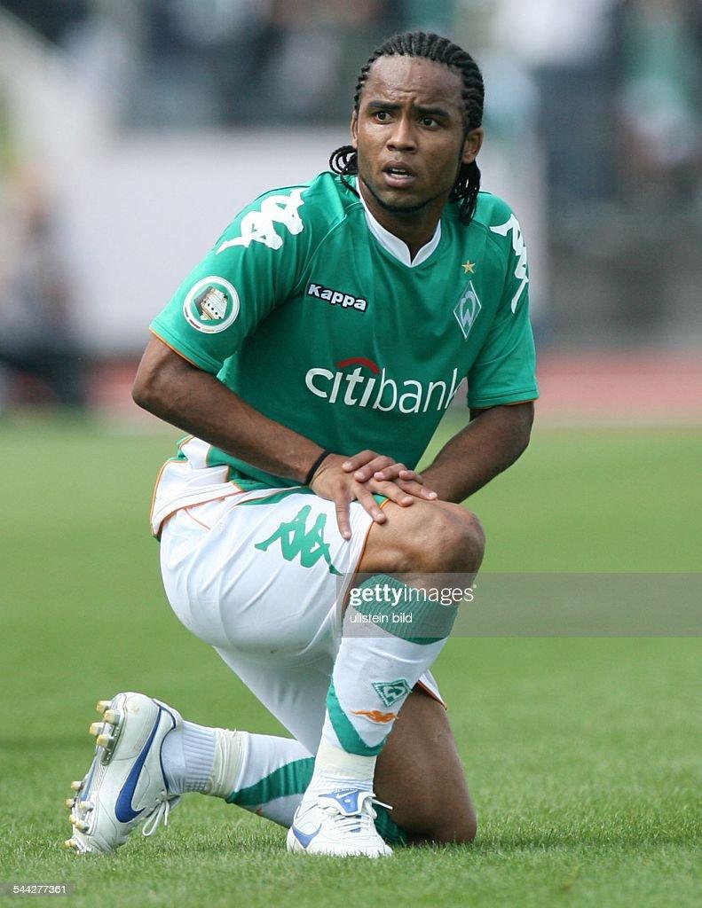 Carlos Alberto midfielder Werder Bremen Brazil kneeling on