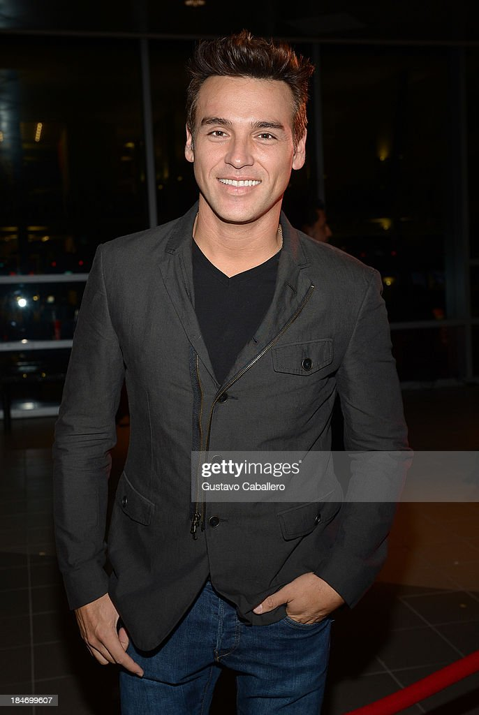 Carlos Augusto Maldonado arrives for the premiere of 'The Snitch Cartel' at Regal South Beach on October 14, 2013 in Miami, Florida.