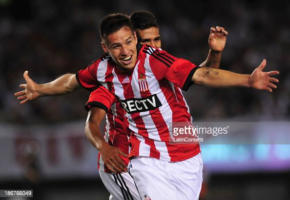 Carlos Auzqui of Estudiantes celebrates the second goal during a match between River Plate and Estudiantes as part of Torneo Inicial at Antonio...