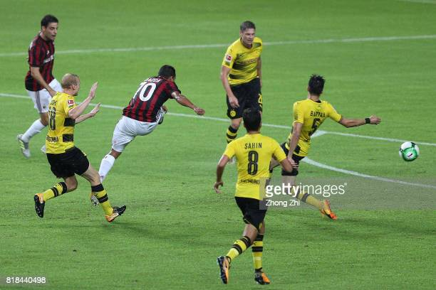 Carlos Bacca of AC Milan scores a goal during the 2017 International Champions Cup football match between AC Milan and Borussia Dortmund at...