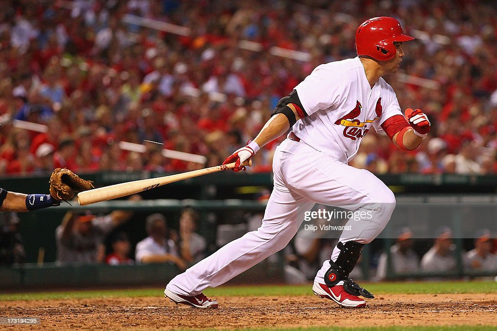 Carlos Beltran #3 of the St. Louis Cardinals hits an RBI single against the Houston Astros in the fourth inning at Busch Stadium on July 9, 2013 in St. Louis, Missouri.