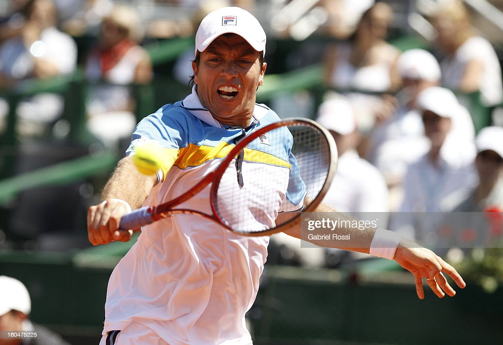 Carlos Berloq of Argentina in action during the first match of the series between Argentina and Germany in the first round of Davis Cup at Parque Roca Stadium on February 01, 2013, Buenos Aires, Argentina.