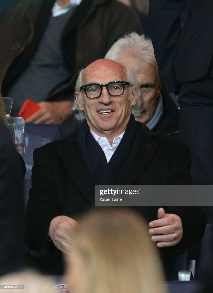 <a gi-track='captionPersonalityLinkClicked' href=/galleries/search?phrase=Carlos+Bianchi&family=editorial&specificpeople=772885 ng-click='$event.stopPropagation()'>Carlos Bianchi</a> attends the French Cup Semi-Final between Paris Saint-Germain and ASSE Saint-Etienne at Parc Des Princes on april 8, 2015 in Paris, France.