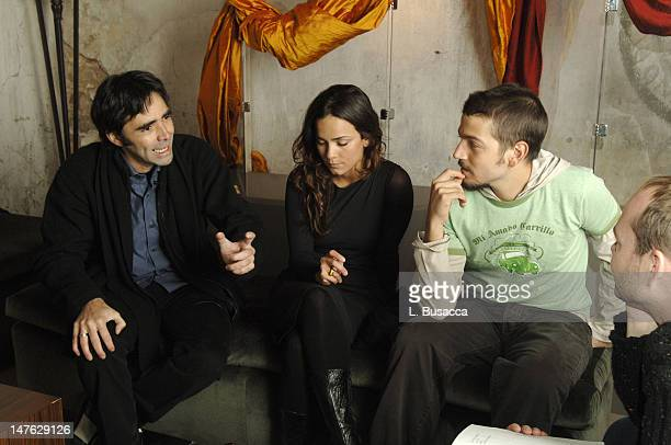 Carlos Bolado Alice Braga Diego Luna and Dennis Hensley