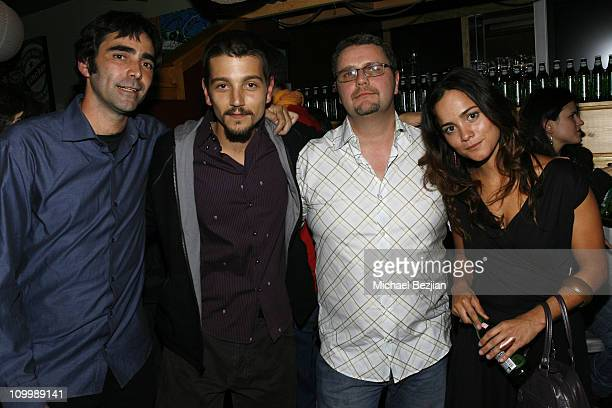 Carlos Bolado Diego Luna Chris Barnett and Alice Braga