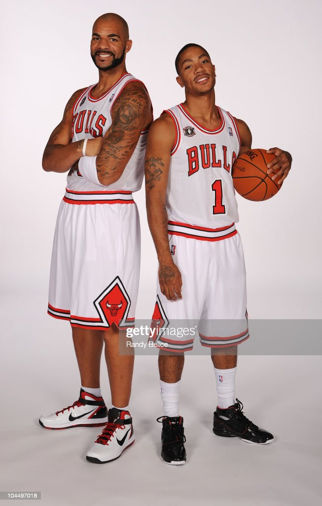 ¿Cuánto mide Derrick Rose? - Altura - Real height Carlos-boozer-and-derrick-rose-pose-for-picture-during-the-chicago-picture-id104497018