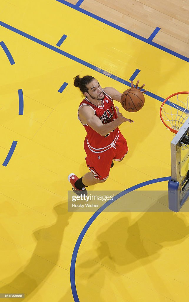 <a gi-track='captionPersonalityLinkClicked' href=/galleries/search?phrase=Carlos+Boozer&family=editorial&specificpeople=201638 ng-click='$event.stopPropagation()'>Carlos Boozer</a> #5 of the Chicago Bulls rebounds against the Golden State Warriors on March 15, 2013 at Oracle Arena in Oakland, California.