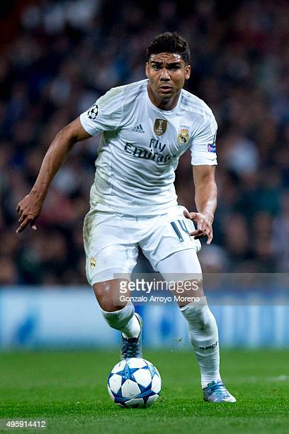 Carlos Casemiro of Real Madrid CF controls the ball during the UEFA Champions League Group A match between Real Madrid CF and Paris SaintGermain at...