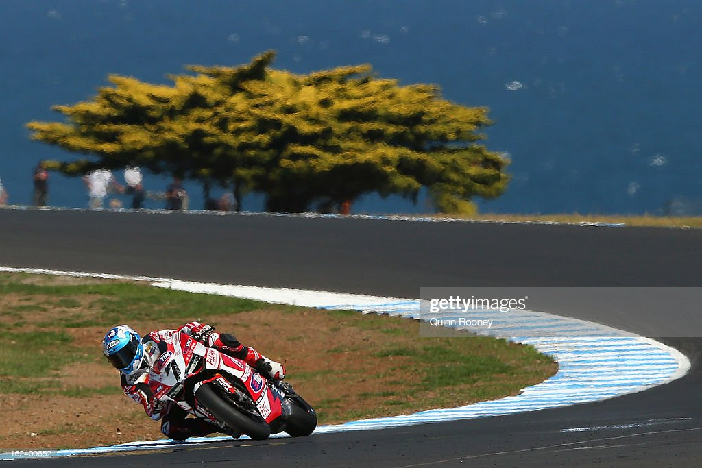 <a gi-track='captionPersonalityLinkClicked' href=/galleries/search?phrase=Carlos+Checa&family=editorial&specificpeople=235726 ng-click='$event.stopPropagation()'>Carlos Checa</a> of Spain riding the #7 Team Ducati Alstare during Superpole for the World Superbikes at Phillip Island Grand Prix Circuit on February 23, 2013 in Phillip Island, Australia.