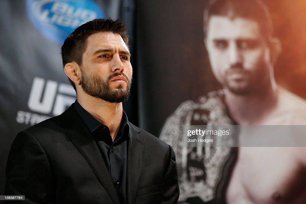 <a gi-track='captionPersonalityLinkClicked' href=/galleries/search?phrase=Carlos+Condit&family=editorial&specificpeople=7049007 ng-click='$event.stopPropagation()'>Carlos Condit</a> interacts with media and fans during the final pre-fight press conference ahead of UFC 154 at New City Gas on November 14, 2012 in Montreal, Quebec, Canada.