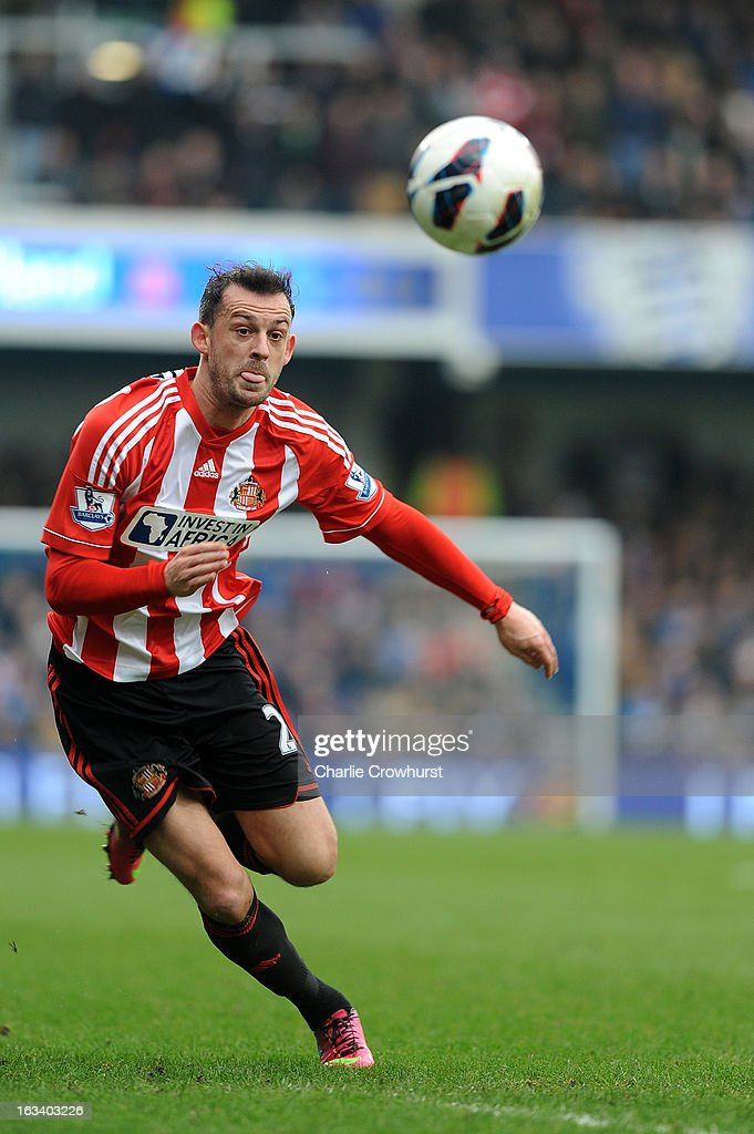 Carlos Cuellar of Sunderland on the ball during the Barclays Premier League match between Queens Park Rangers and Sunderland at Loftus Road on March 9, 2013 in London, England.