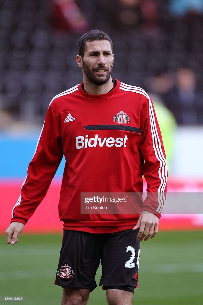 Carlos Cuellar of Sunderland warms up during the Barclays Premier League match between Hull City and Sunderland at KC Stadium on November 02, 2013 in Hull, England.