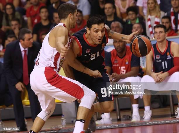 Carlos Delfino #91 of Baskonia Vitoria Gasteizin action during the 2017/2018 Turkish Airlines EuroLeague Regular Season Round 1 game between...