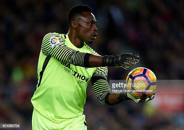 Carlos Kameni of Malaga in action during the La Liga match between FC Barcelona and Malaga CF at Camp Nou stadium on November 19 2016 in Barcelona...