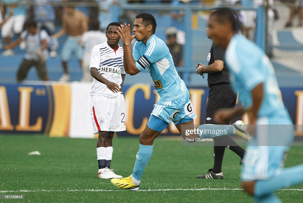 Carlos Lobaton of Sporting Cristal celebrates a goal during a match between Sporting Cristal and San Martin as part of The 2013 Torneo Descentralizado at the Alberto Gallardo Stadium on February 09, 2013 in Lima, Peru