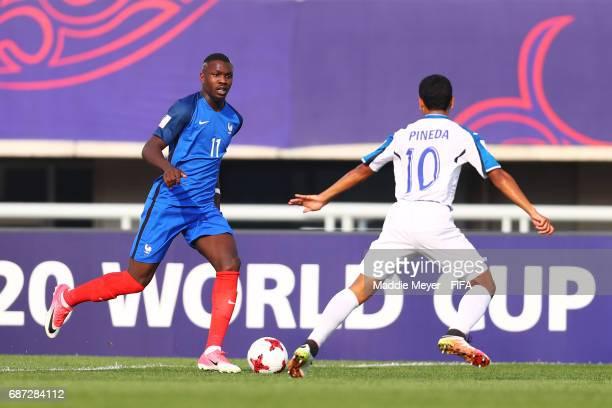 Carlos Pineda of Honduras defends Marcus Thuram of France during the FIFA U20 World Cup Korea Republic 2017 group E match between France and Honduras...