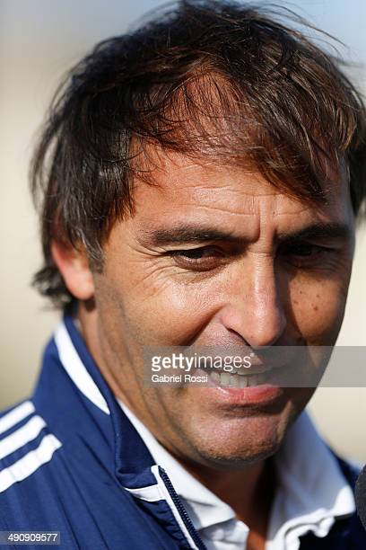 Carlos Retegui coach of Los Leones and Las Leonas looks on during a training session as part of Argentina Female Hockey Team preparation for Hockey...