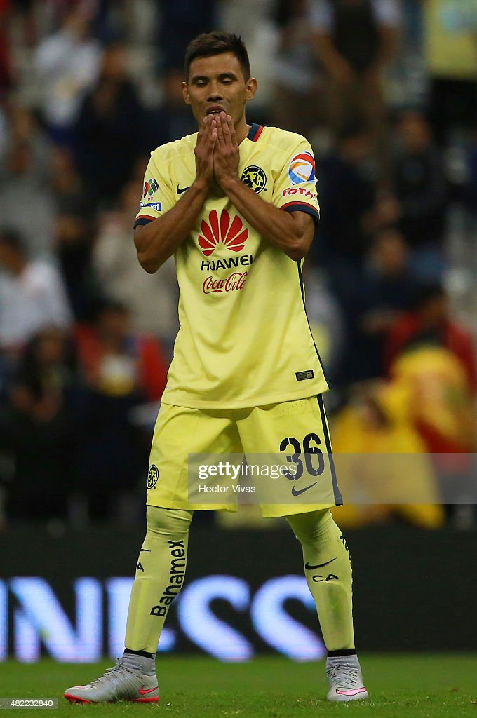 Carlos Rosel of America reacts after missing a goal in a penalty shootout against Benfica as part of the International Champions Cup 2015 at Azteca Stadium on July 28, 2015 in Mexico City, Mexico.