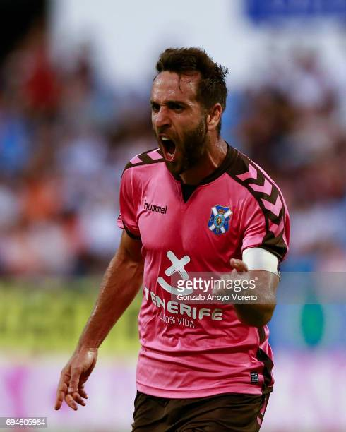 Carlos Ruiz of CD Tenerife celebrates scoring their second goal during the La Liga 2 match between Real Zaragoza and CD Tenerife at La Romareda...