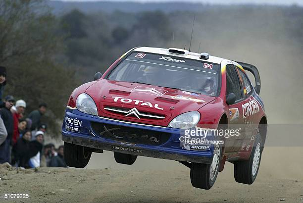 Carlos Sainz of Spain drives his Citroen Xsara WRC04 on the second day of the Rally Argentina 2004 July 17 2004 in Cordoba Argentina